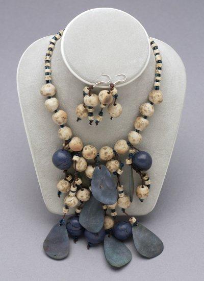 EMO17 - Blue Ceramic Beads Set