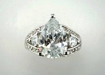 Lds Cubic Zirconia Fashion Ring #647