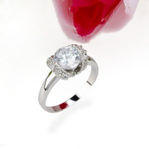 GLITZY 18 KGP REAL WHITE GOLD DIAMOND ENGAGEMENT RING SIZE 6**FREE SHIPPING**