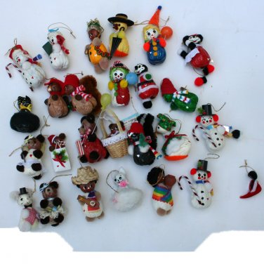 26 Handmade Ornaments from Walnuts and Filberts