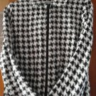 Free Shipping JACKET WITH  FRONT ZIPPER BLACK AND WHITE  SIZE 12