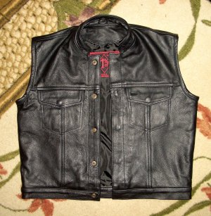 MANDARIN COLLAR SCOOTER VEST RED OUTLAW BIKER PATCH HOLDER CUT BLACK LINING VESTS FOR SALE