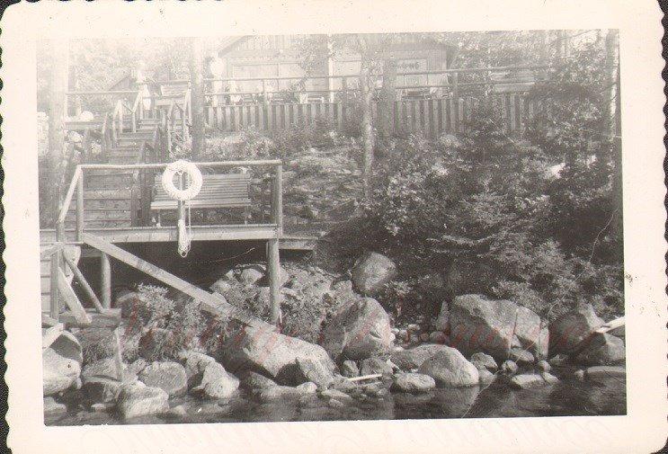 D01304 Echo Lake 1944 Vintage Photo