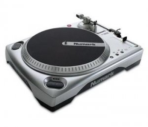 Numark TT1600MKII Professional Turntable