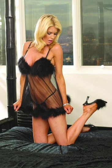 Lingerie Flirty Baby Doll-Maribou Trim & G-String Queen