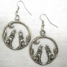 WILDLIFE SPIRIT TWIN HOWLING WOLVES WOLF PEWTER PENDANT PAIR OF HOOP STYLE EARRINGS