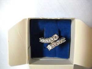 NEW ELEGANT VINTAGE AVON BELIEVE IN LOVE CRYSTAL ETERNITY RING SZ 8 BAND RING
