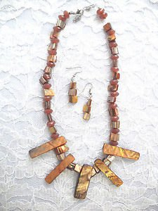 "NEW BROWN COLOR REAL SHELL BEADED FASHION NECKLACE & EARRINGS SET 15"" PLUS"