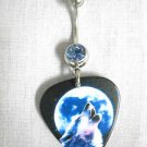 HOWLING GRAY WOLF FULL MOON PRINTED GUITAR PICK ON 14g DAZZLING BABY BLUE CZ BELLY RING