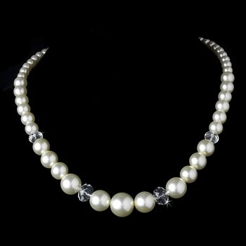 Necklace 7361 Ivory