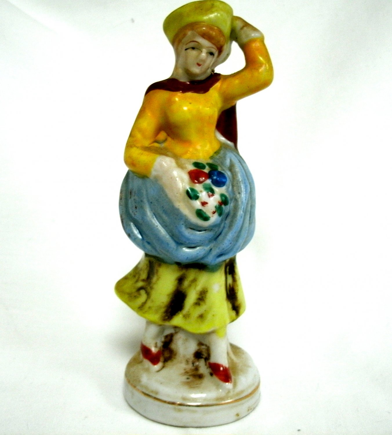 Porcelain Figurine Of Woman with Hat Made in Occupied Japan 5 Inches