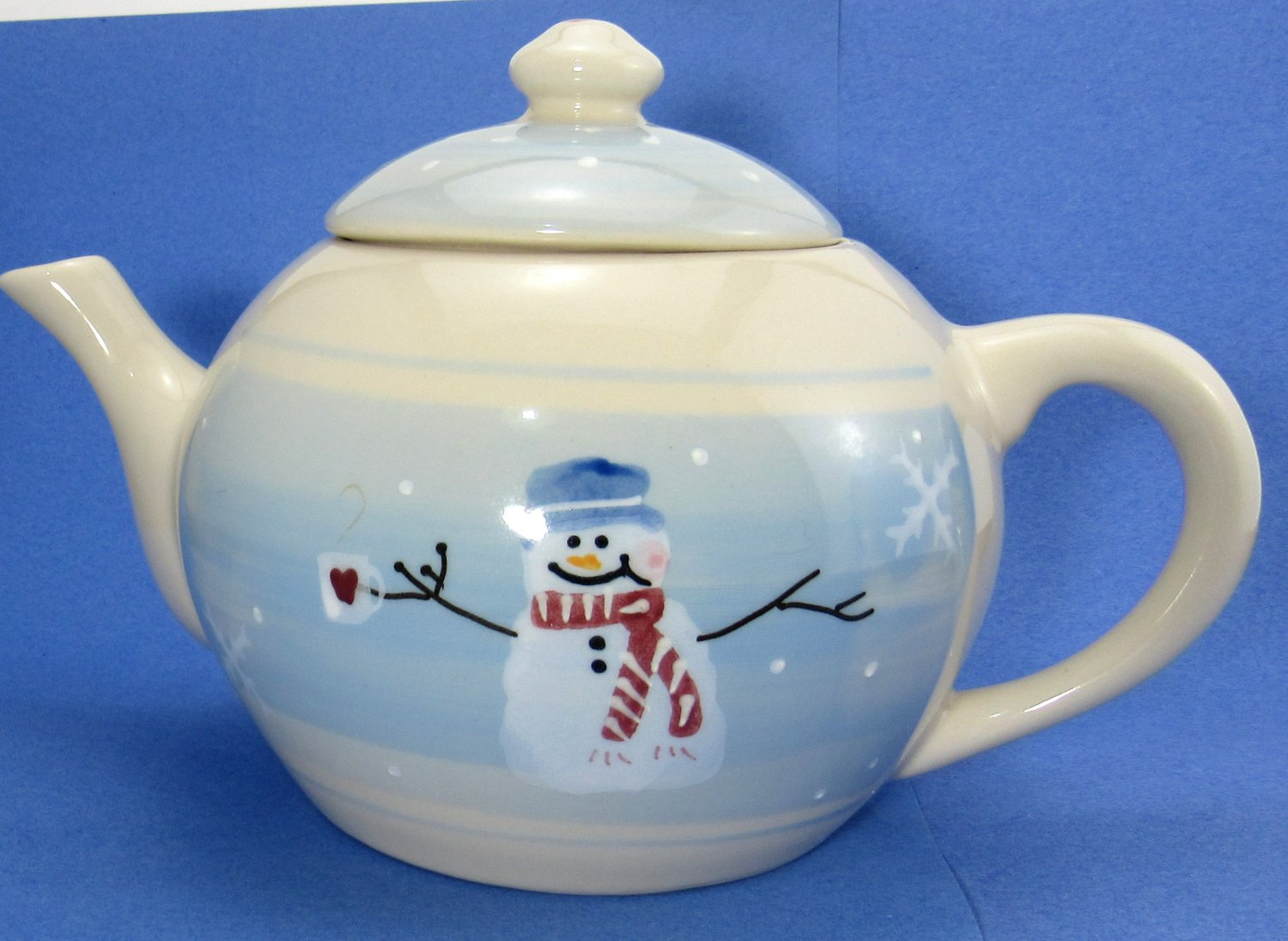 Hartstone Snow People Pattern Teapot with Lid 6 Cup Large Light Cream and Ice Blue Colors