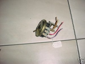 WHIRLPOOL WASHR WATR LEVEL PRESS SWITCH 3356467 3356468