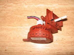 MAYTAG BRAND WASHER WATER LEVEL SWITCH 2200887 27001203