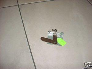 WHIRLPOOL RANGE DOOR LATCH ASSEMBLY 9761013