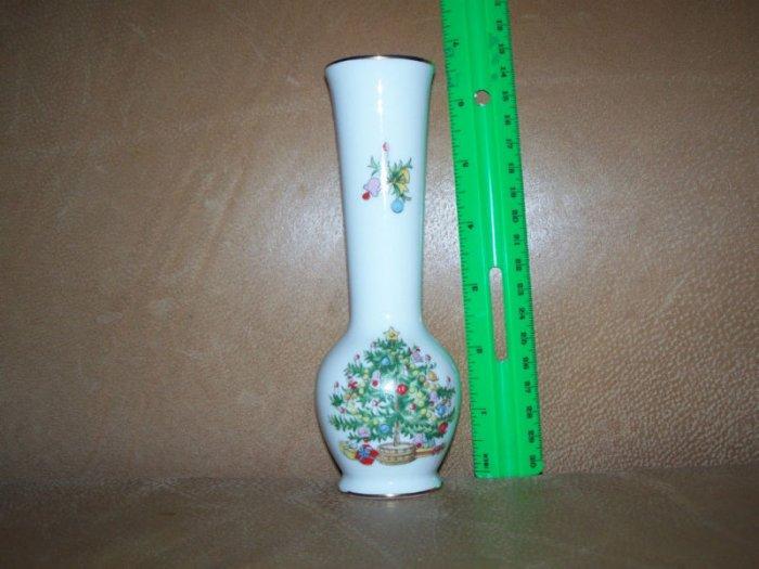 Lefton China CHRISTMAS TREE Vase with Orig. Sticker