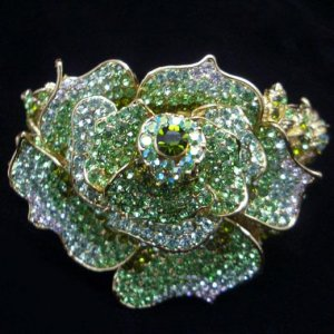 Green & Clear Rose Bracelet CGold Crystals Rhinestone Leaves Vintage Inspired