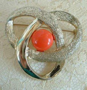 Sarah Coventry Orange Thermoset Swirl Brooch Jewelry