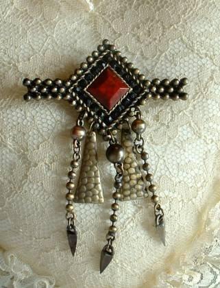 Art Deco Drop Brooch Faux Carnelian Hammered Brass Jewelry
