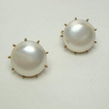 Trifari Mabe Pearl Clip On Earrings Vintage Wedding Prom Jewelry