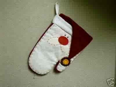 Russ Berrie Christmas - Moments of Wonder Santa Face Oven Mitt FREE USA SHIPPING!