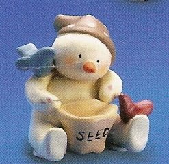 Russ Peace in the Meadow Small Figurine - Snowman with Bird Seed -FREE USA SHIPPING!