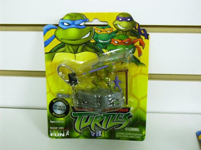 Teenage Mutant Ninja Turtles - TMNT - Donatello Playset Keychain Basic Fun - FREE USA SHIPPING
