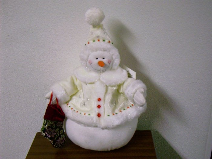 Russ Berrie Christmas - Jewels of Winter - Glisten Plush Snowman Large FREE USA SHIPPING