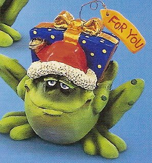 Russ Toadily Yours Christmas Frog with Blue Present 22654 FREE USA SHIPPING!
