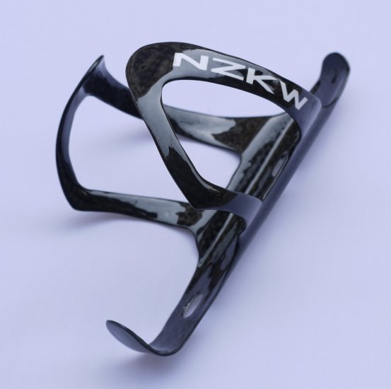 NEW NZKW FULL CARBON Fibre BOTTLE CAGE 25g FREE SHIPPING