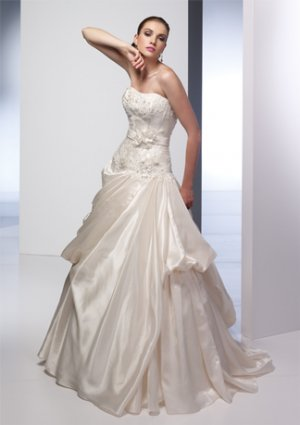 Nice Appliqued and Beaded Strapless A-line Wedding Dress AI0016