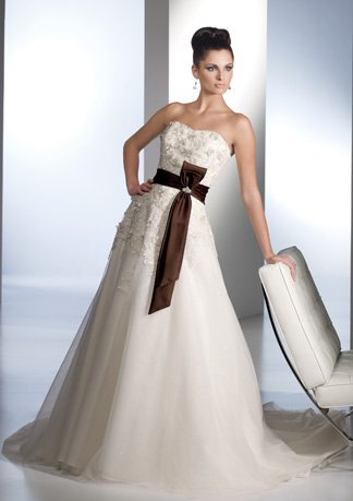 Nice Appliqued and Beaded Strapless A-line Wedding Dress AI0028