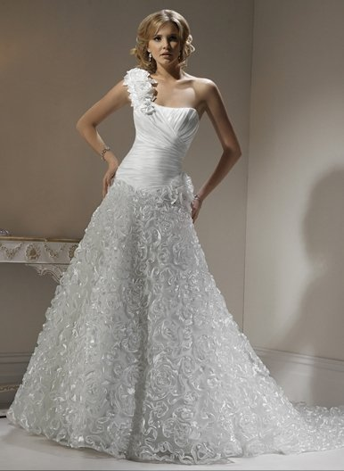 Wedding Dresses/ Wedding Gowns WM0036