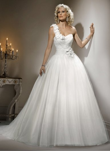 Wedding Dresses/ Wedding Gowns WM0039