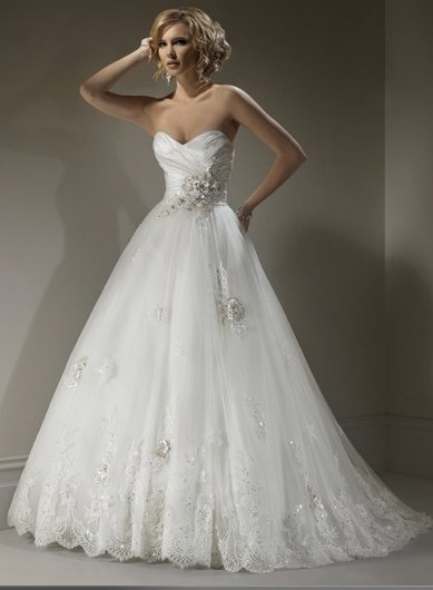 Wedding Dresses/ Wedding Gowns WM0040