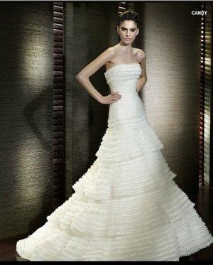 Wedding Dresses/ Wedding Gowns -- Tiered Strapless A-line Wedding Dress SB0013