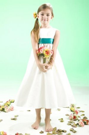 Cute and Lovely T-length Princess Wedding Dress Girl Dress VG0005