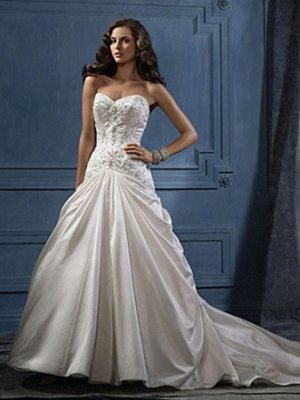 Nice Appliqued Sweetheart Strapless A-line Wedding Dress AA0007