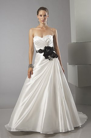 Stunning Sweethearted Strapless A-line Wedding Dress AS0020
