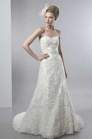 Scatter Beaded Sweetheart Strapless A-line Lace Wedding Dress AS0027