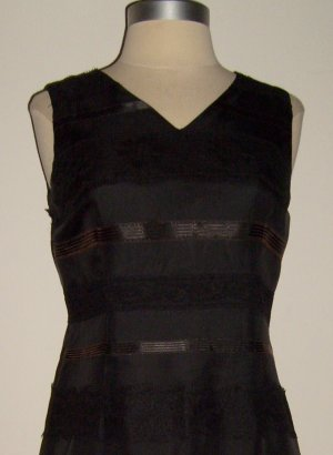 Maggy LondonSleeveless Black Sheath Dress Size 4 petites