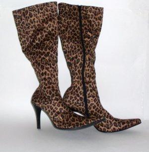 Baker Cougar Leopard Boots Size 8.5B
