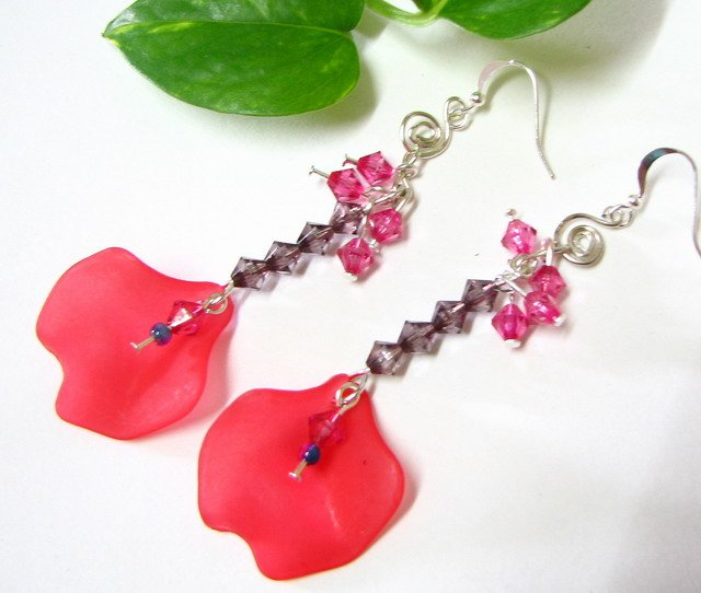 E1023 Fancy Red Lily Dangle Earrings 7cm