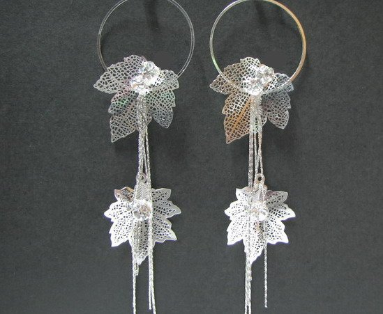 *FREE SHIPPING* E906 RHINESTONE SILVERLY CLIP ON EARRINGS 13cm