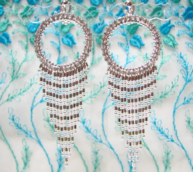 *FREE SHIPPING* E930s Rhinestone Dangle Silver Plated Clip On Earrings 9cm