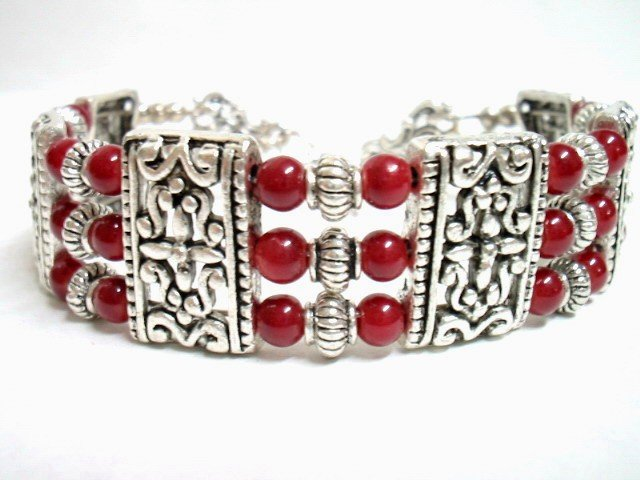 *FREE SHIPPING* BA201 ETHNIC TRIBAL JEWELRY 3 STRANDS RED BRACELET