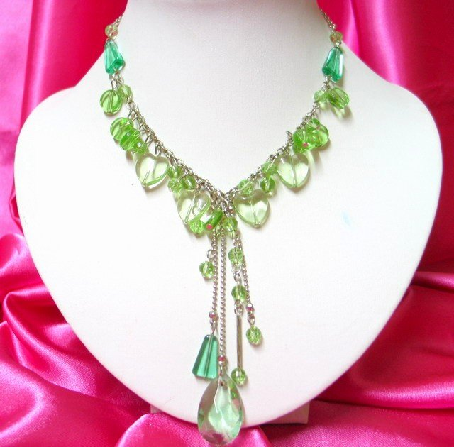 *FREE SHIPPING*NB417 EVERGREEN CRYSTAL CLEAR GLASS BEADS DANGLE NECKLACE