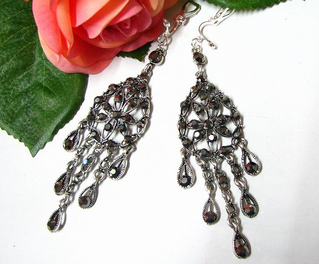 E1655 Exotic Dark Rhinestone Clip On Earrings 9.5cm ~ FREE SHIPPING~
