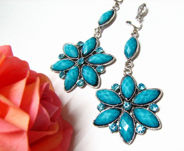 ~FREE SHIPPING~ E1658 Blue Rhinestone Floral Exotic Clip On Earrings 7.5cm