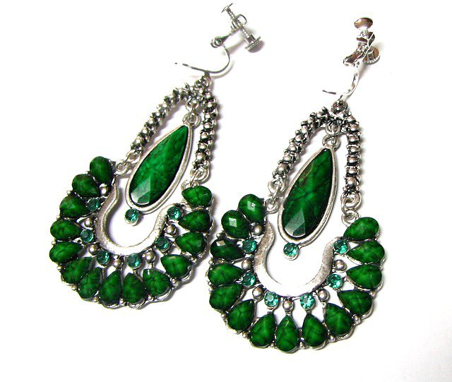 ~FREE SHIPPING~E1673 Green Rhinestone Charming Clip On Earrings 7cm